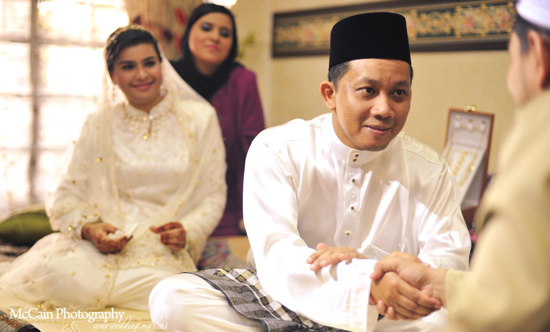 November 2010 malaysia professional wedding photographer for Pakistani wedding traditions